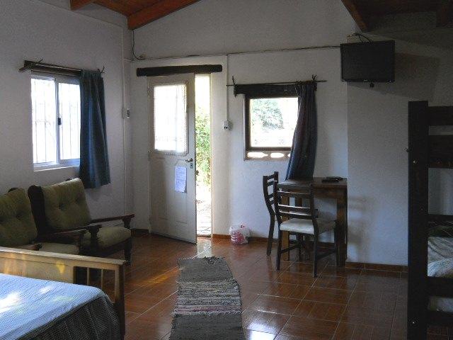 Vista del interior a la entrada en cabaña 2